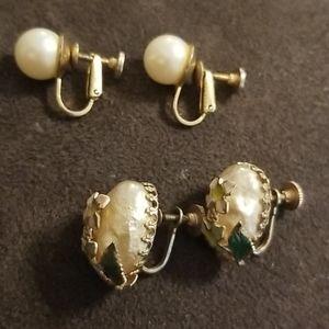 Set of two Vintage Screwback Earrings
